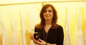 María Barragán muestra su Dedal de Oro.