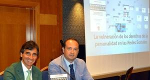 Ramón Herrera en la presentación de un libro sobre redes sociales y menores.